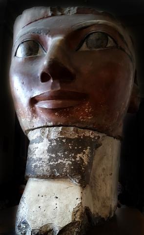 Hatshepsut statue22