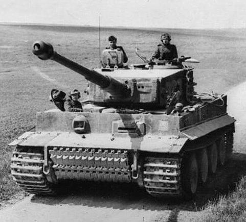 Panzerkampfwagen Tiger Ausf. E1.jpg